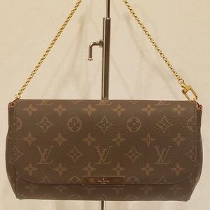 Gently Used  LV Favorite MM Crossbody Bag!!!!